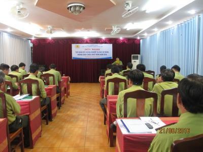 Chi cục kiểm lâm vùng III phối hợp với CCKL Bà Rịa - Vũng Tàu tổ chức tập huấn nghiệp vụ PCCCR